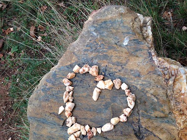 heart in rocks